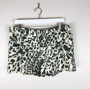 DVF Silk Blend Shorts Animal Print Pockets